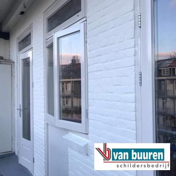 Van Buuren schilderwerk Amsterdam buitenmuur met Sigma Allure gloss RAL 9001