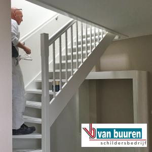 vanbuuren_schilderwerk_binnen_trap-muren_villa_harderwijk1