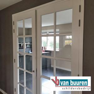 vanbuuren_spuitwerk_binnen_deuren-plafonds_villa_harderwijk